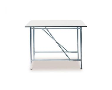 Eiermann 1 Tisch